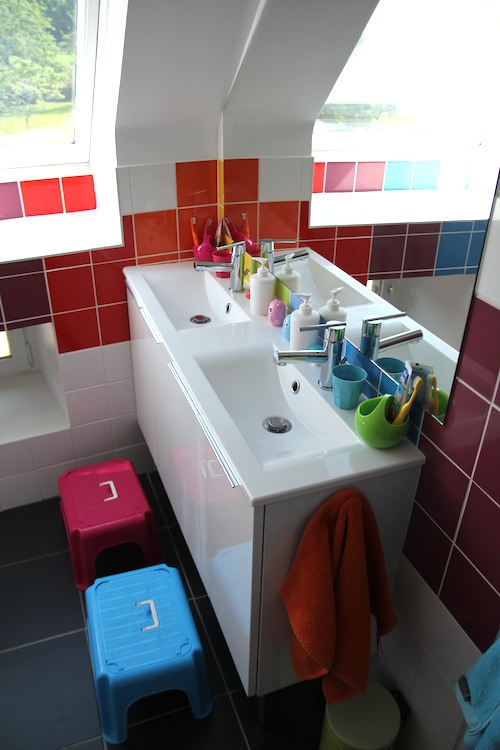 rainbow_bathroom15