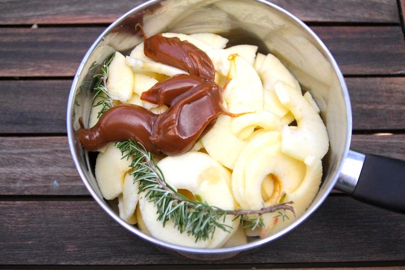 Compote de pomme salidou et romarin (pour la recette, cliquez sur l'image)