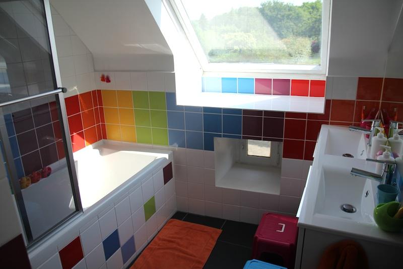 La rénovation : la salle de bain arc-en-cielLe blog de ...