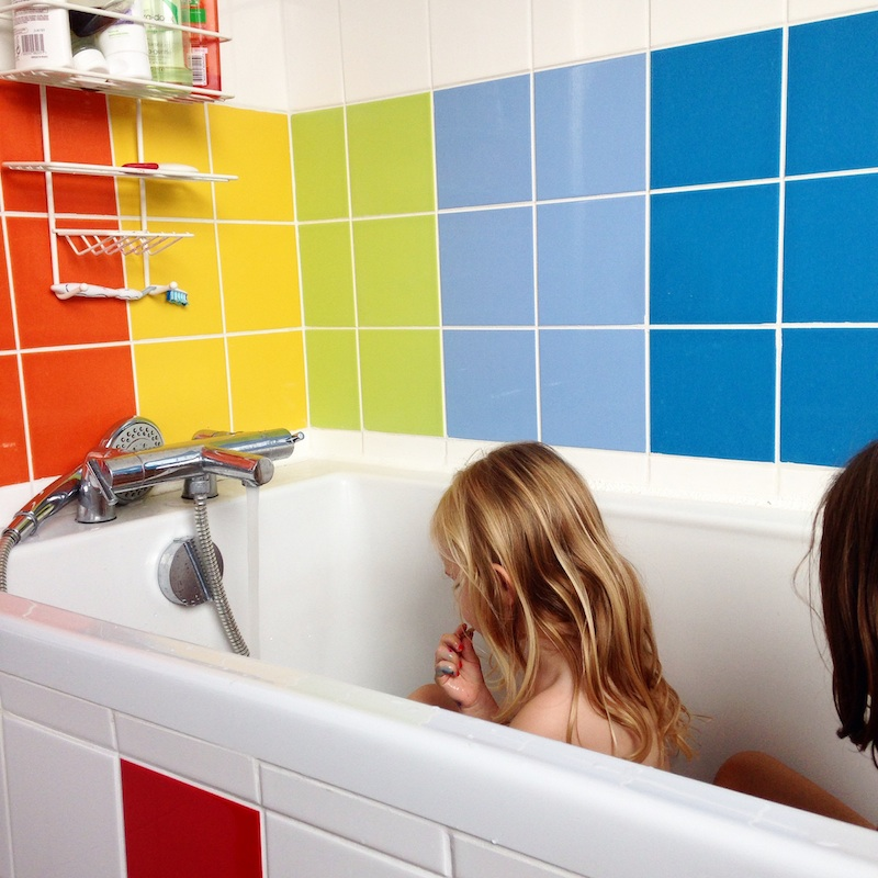 rainbow-bathroom