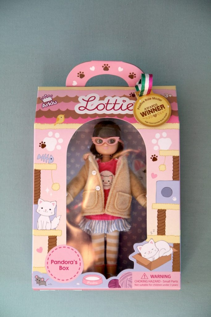Poupée Lottie