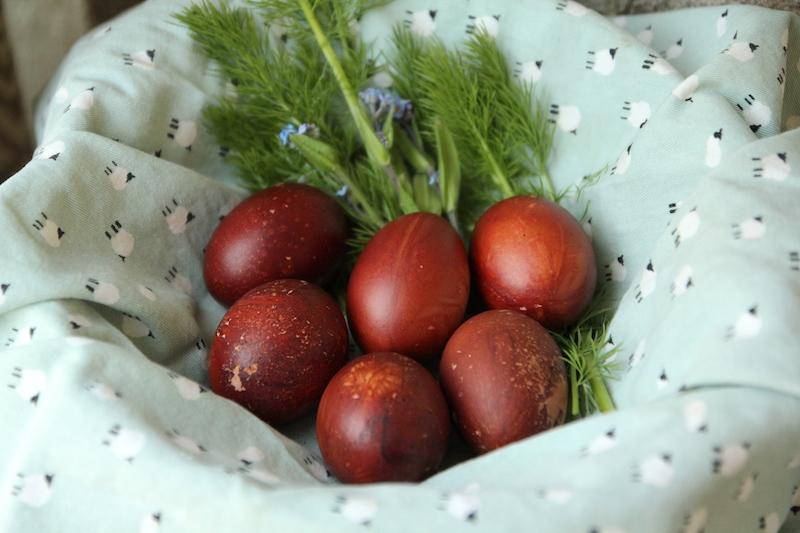DIY oeufs de Pâques effet bois