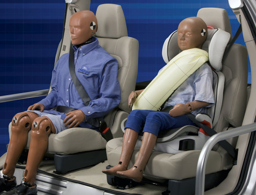 Ford-Inflatable-Seat-Belt-03.jpg