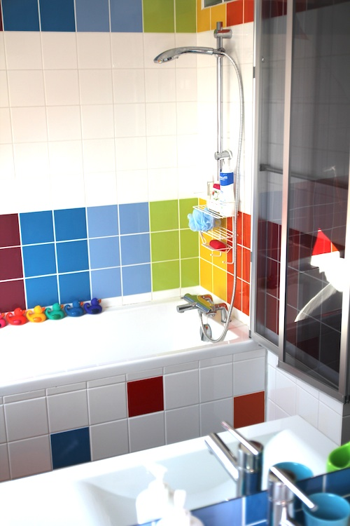rainbow_bathroom13