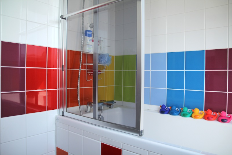 rainbow_bathroom6