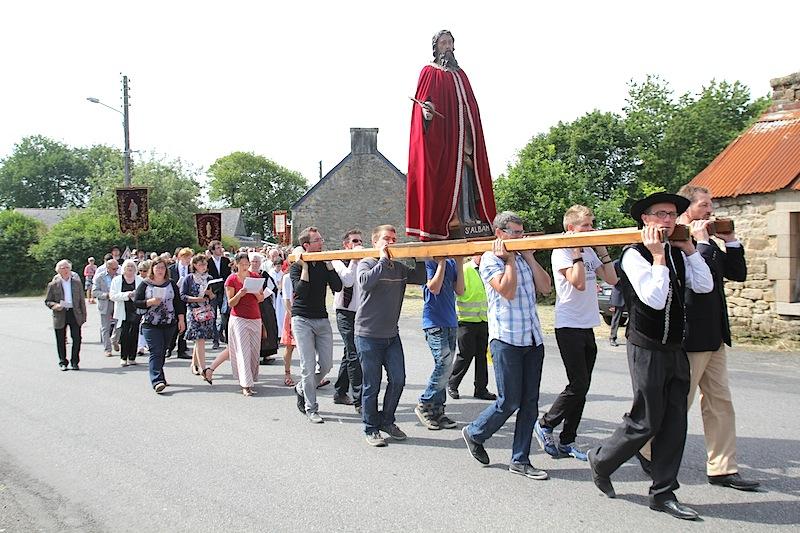 wbzh_procession