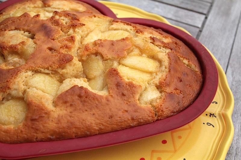 Gâteau au lait ribot et aux nectarines (pour la recette, cliquez sur l'image)