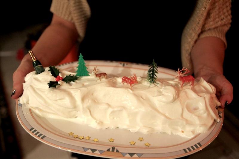 Bûche au caramel beurre salé, cliquez sur la photo pour lire la recette.
